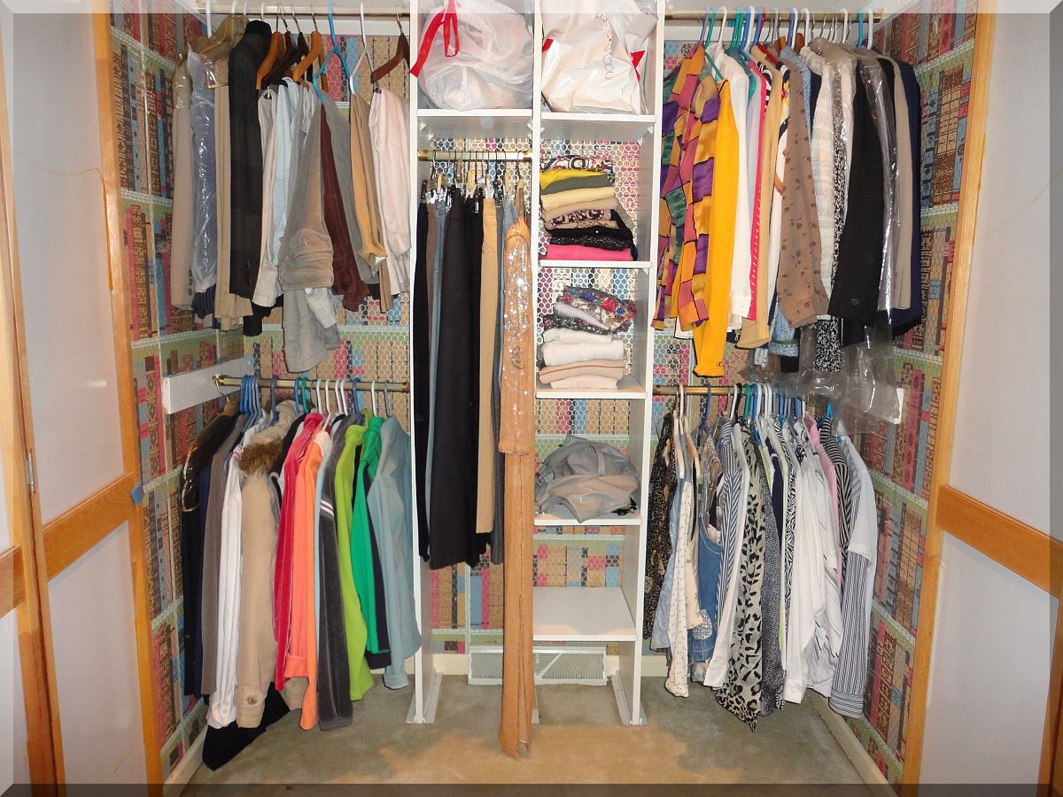 Andrews Estate Service Household Liquidation Specialists Clothes Closet  Amherst NY 14228 Cluttered ...