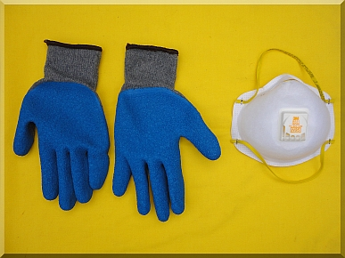 Andrews Estate Service Gloves Respirator Clean